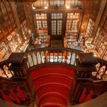 Livraria Lello Bookshop Porto - Portugal