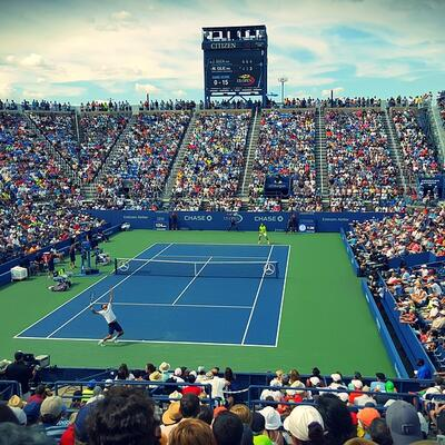 Watch a grand slam tennis match