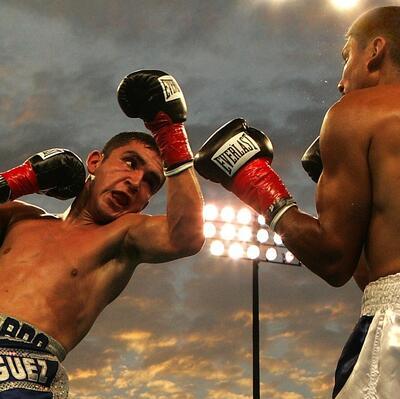 Watch a boxing match