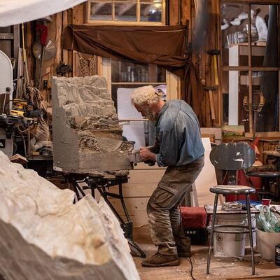 Watch a stonemason at work