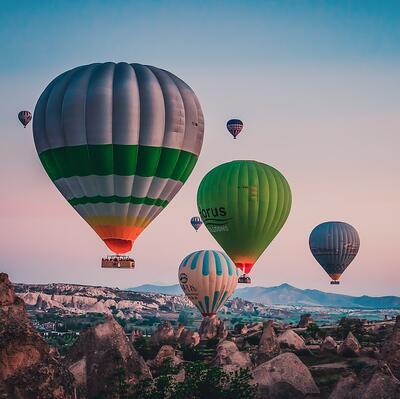 Travel in a Hot Air Balloon